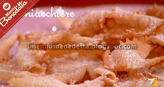 Chiacchiere o frappe la ricetta di benedetta parodi for Le ricette di benedetta parodi