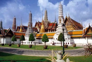 Grand-Palace-In-Bangkok-Thailand-Wallpapers