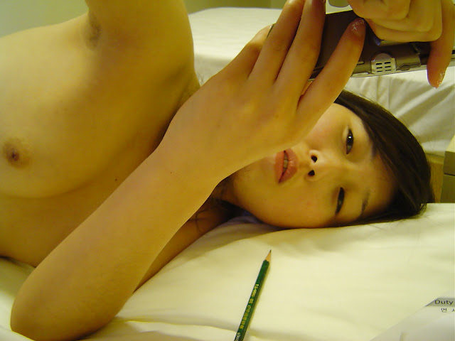 Korean Virgin Chick Naked Body Shots