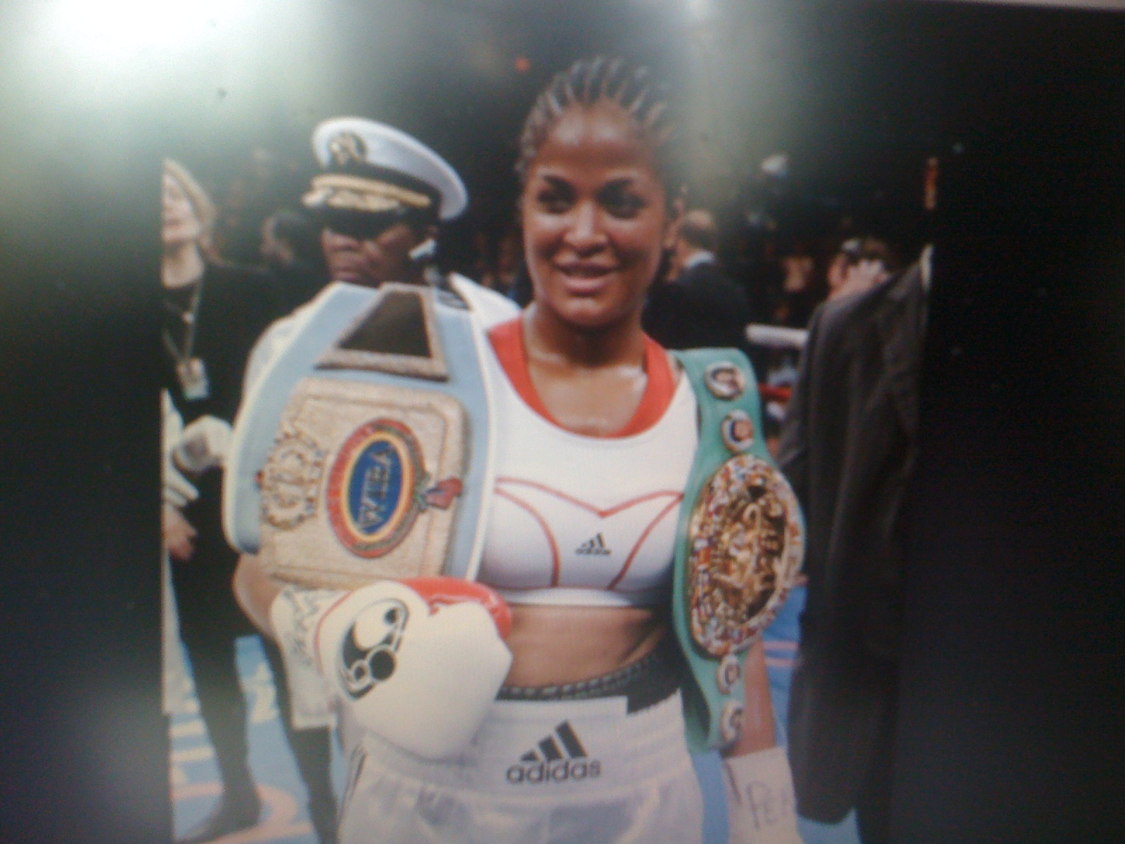 laila ali boxing history Laila ali (born december 30, 1977 in miami beach, florida) is a professional boxer she is the daughter of boxing legend muhammad ali and his third wife veronica porsche ali  she was their second child and is the most famous of the nine children born to muhammad ali.