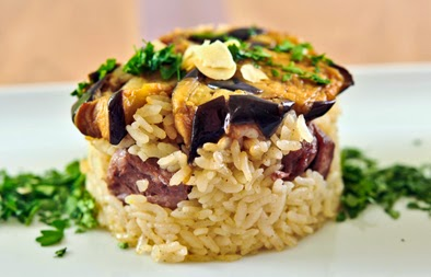 upside down rice, meat and vegetables recipe