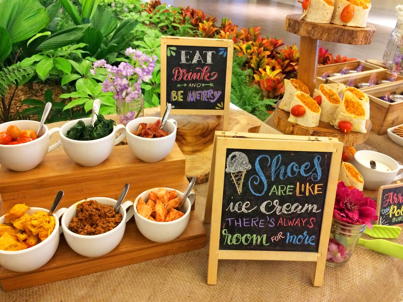 How cute is this party food?! Love the chalkboard signs!