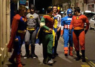 Inilah Rombongan Super Hero Mau Pergi Kondangan