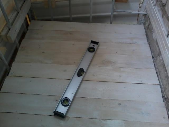 Как сделать деревянный пол на балконе фото