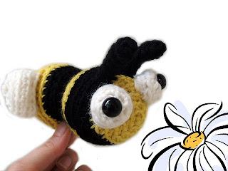 Kawaii Amigurumi Bee : 130 Adorable Free Crochet Animal Patterns! Nifymag.com