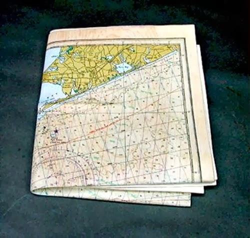 10-Map-Chart-2-Hyper-Realistic-Wood-Sculptures-Artist-Randall-Rosenthal-www-designstack-co