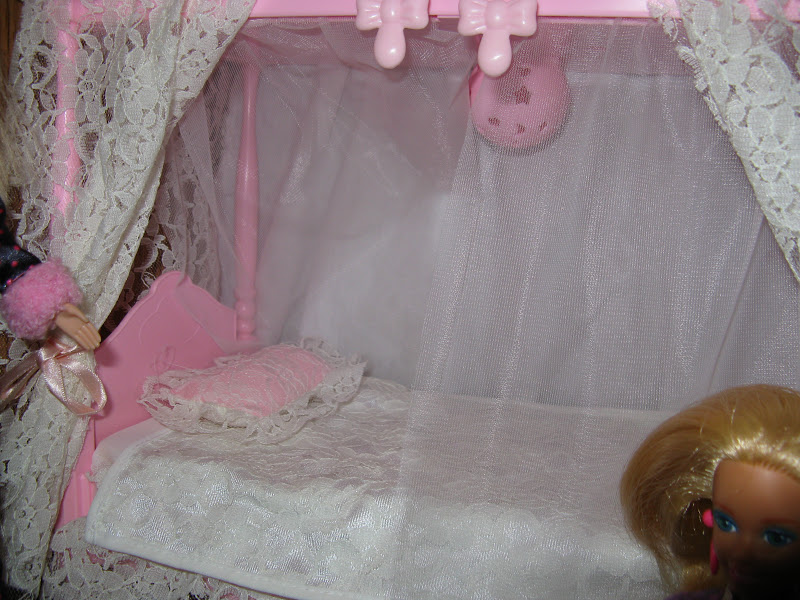 The Barbie Starlight Bed. Anyone remember this? I wanted it so bad and was so excited when I got it for Christmas one year. It was only for the Bedtime ... & The Barbie Blog: Barbie Slumber Party!