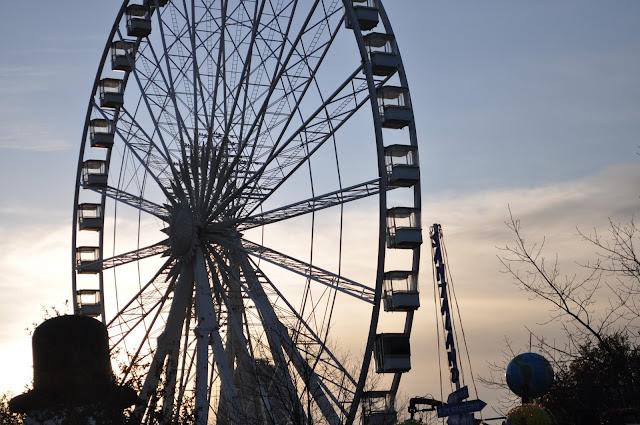 Winter+Wonderland+Hyde+Park+London+ferry+wheel