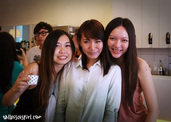 3 pretty girls enjoying the atmosphere