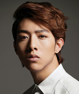 Lee Jung Shin looking fine in a dress shirt and short styled hair.