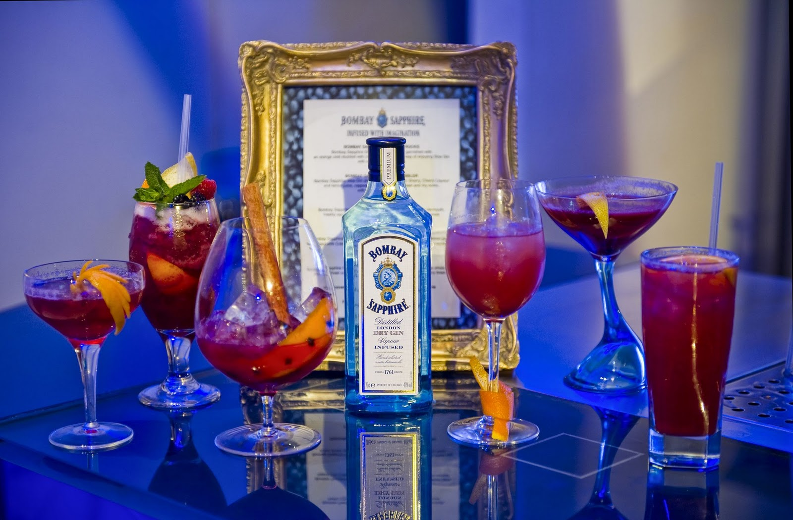 Bombay sapphire sloe gin london on the inside for Mixed drinks using gin