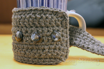 Recycled Denim Mug Cozy - free crochet pattern - Sunny Stitching