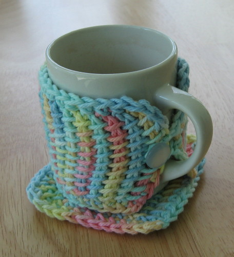 Crocheting Easy Projects : Simple Knits: Mugglers -- Mug Rug and Wrap to crochet