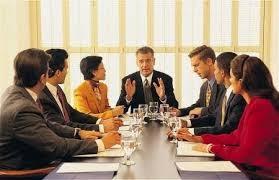 meeting tentang rencana pembuatan jembatan layang