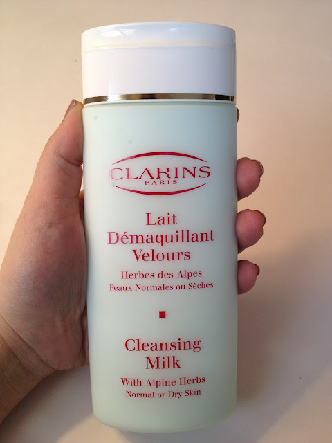 Worth the Hype? Clarins Cleansing Milk, Review & Photos