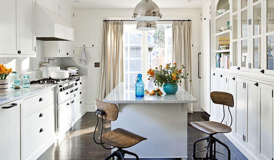 White Kitchen with Dark Wood Floor 946 x 554 · 95 kB · jpeg 946 x 554 · 95 kB · jpeg