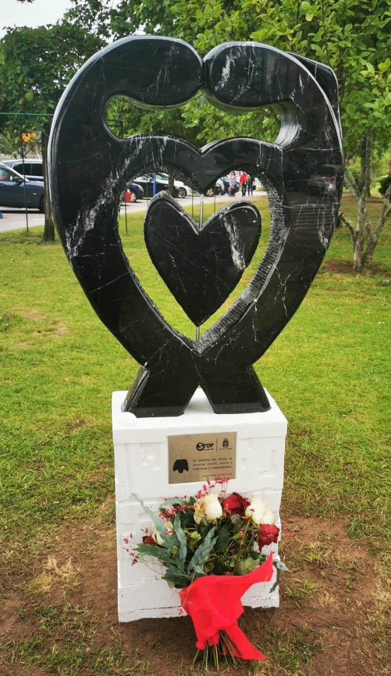 ... EN MEMORIA DE LAS VÍCTIMAS FALLECIDAS EN ACCIDENTES DE TRÁFICO ...