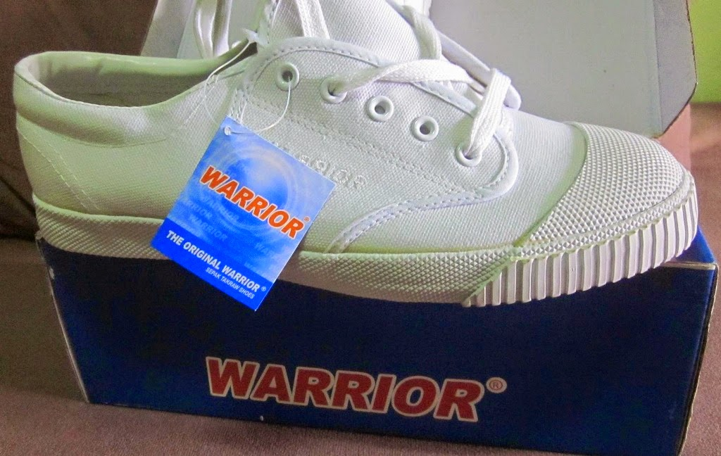 Sepak takraw shoes warrior