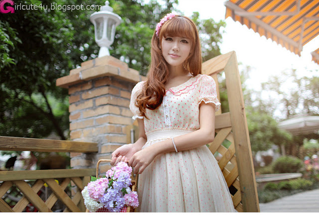 4 Fence-Very cute asian girl - girlcute4u.blogspot.com