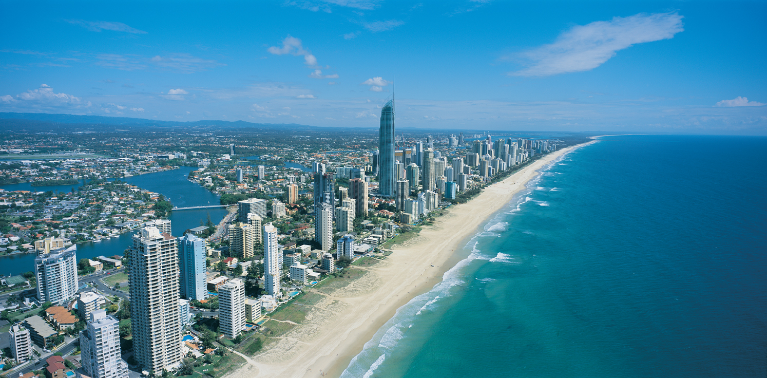 how to travel from gold coast to brisbane