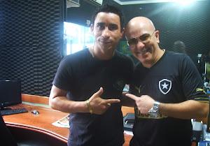 Joabe Reis e o cantor Alex Gonzaga, da Banda Novo Som