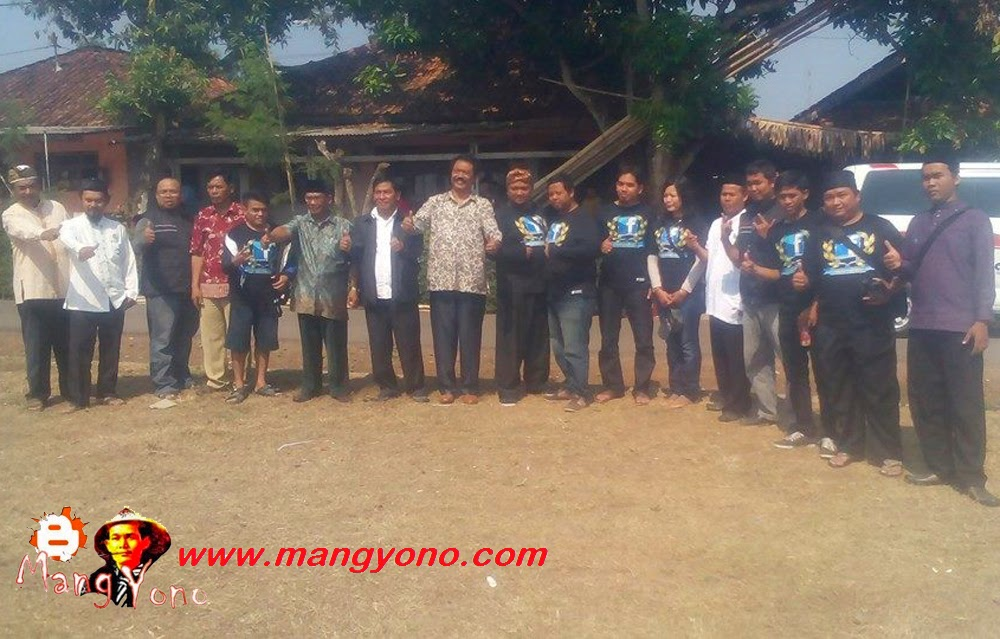 Poto Bareng FBS dan Dewan Masjid Indonesia (DMI) Pagaden Barat dengan ketua DPRD SUBANG Bapak. Deni Rudiono