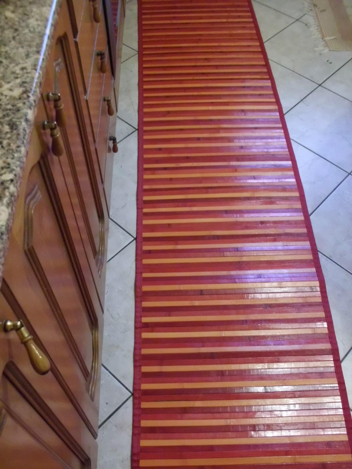 tappeti da cucina e cuscini rotondi colorati | ARREDARE LA CASA CON ...