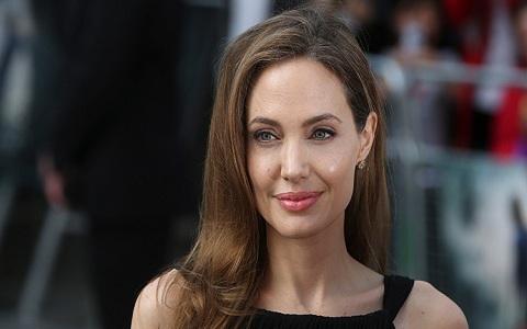 Seita secreta por trás do divórcio de Angelina Jolie e Brad Pitt.