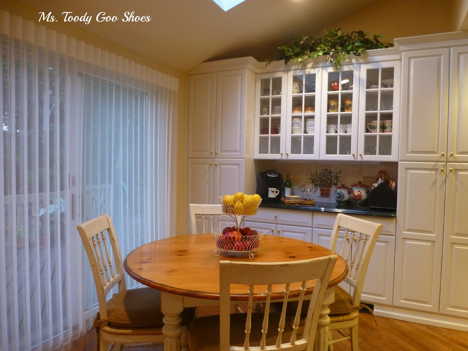 Traditional Home Tour by Ms. Toody Goo Shoes