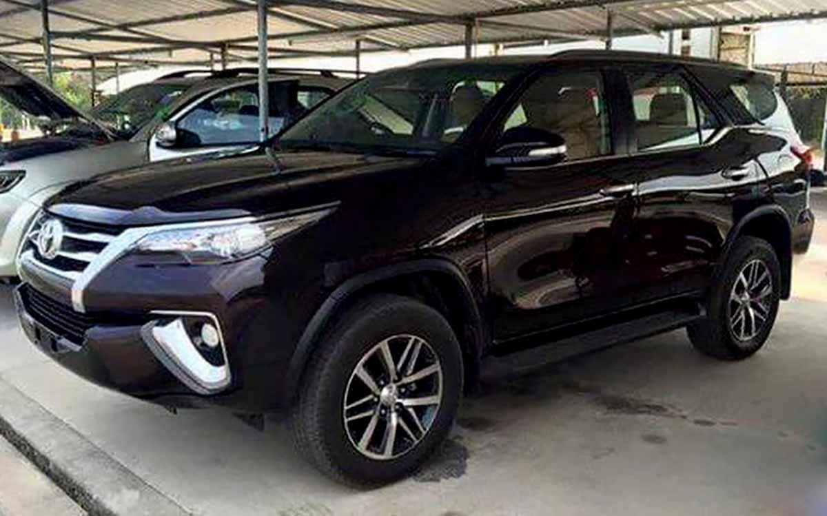 Nova Toyota Hilux SW4 2016: fotos externas e do interior | CAR.BLOG.BR