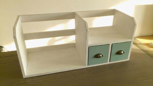 Bookstand 03