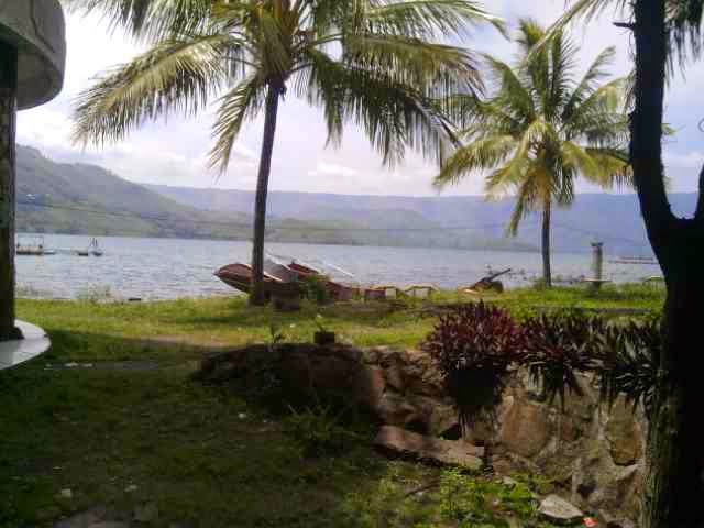 Danau Toba dari Pangururan