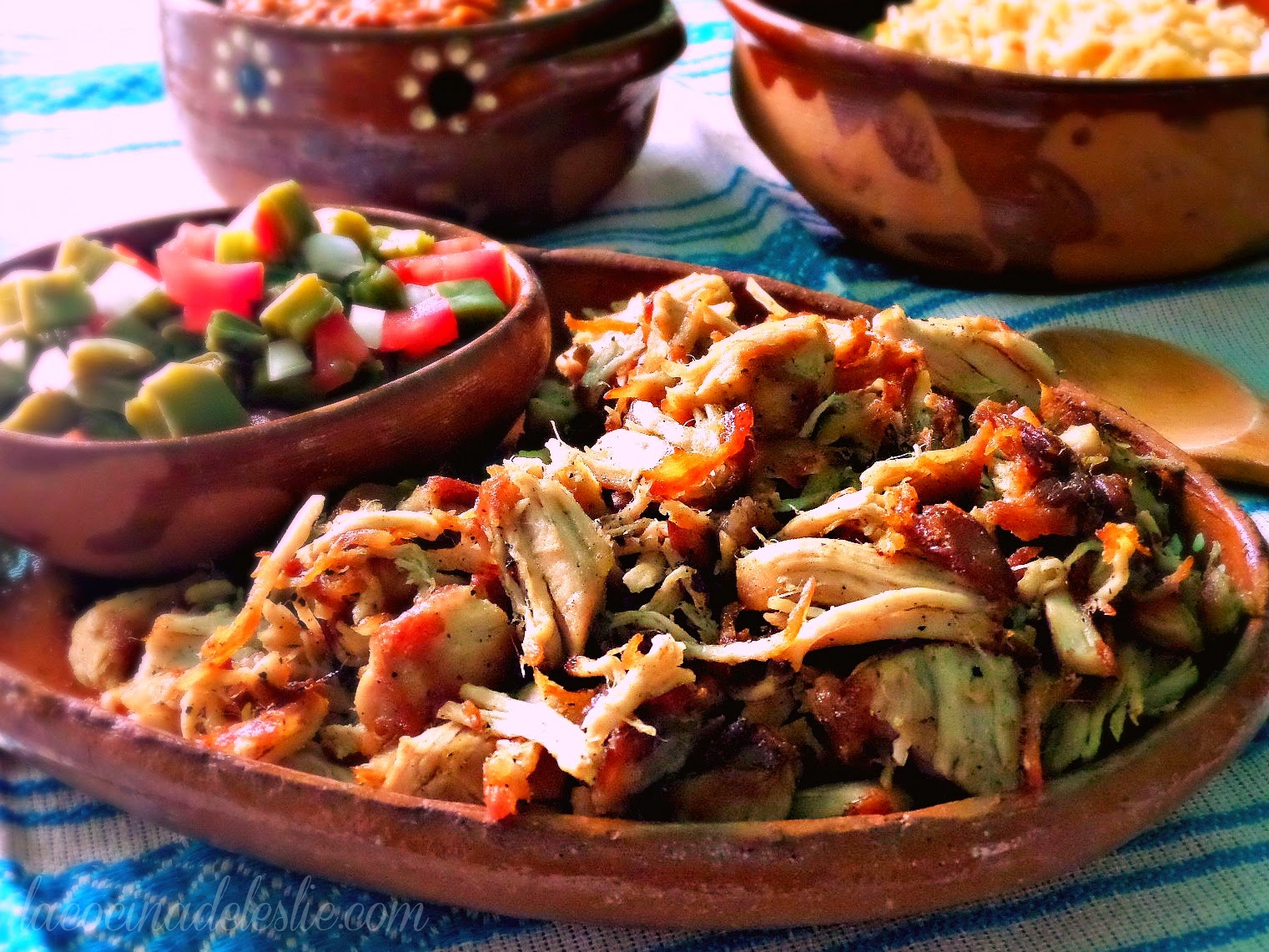 How to make Mexican carnitas at home - lacocinadeleslie.com