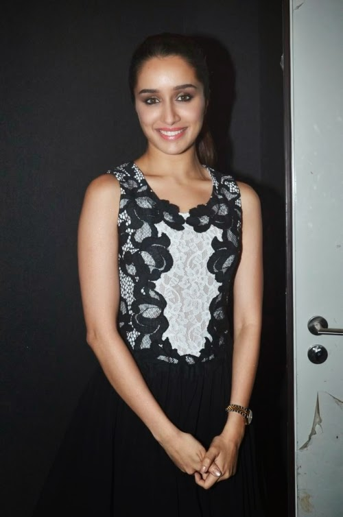 shraddha kapoor hot sleeveless hd photo