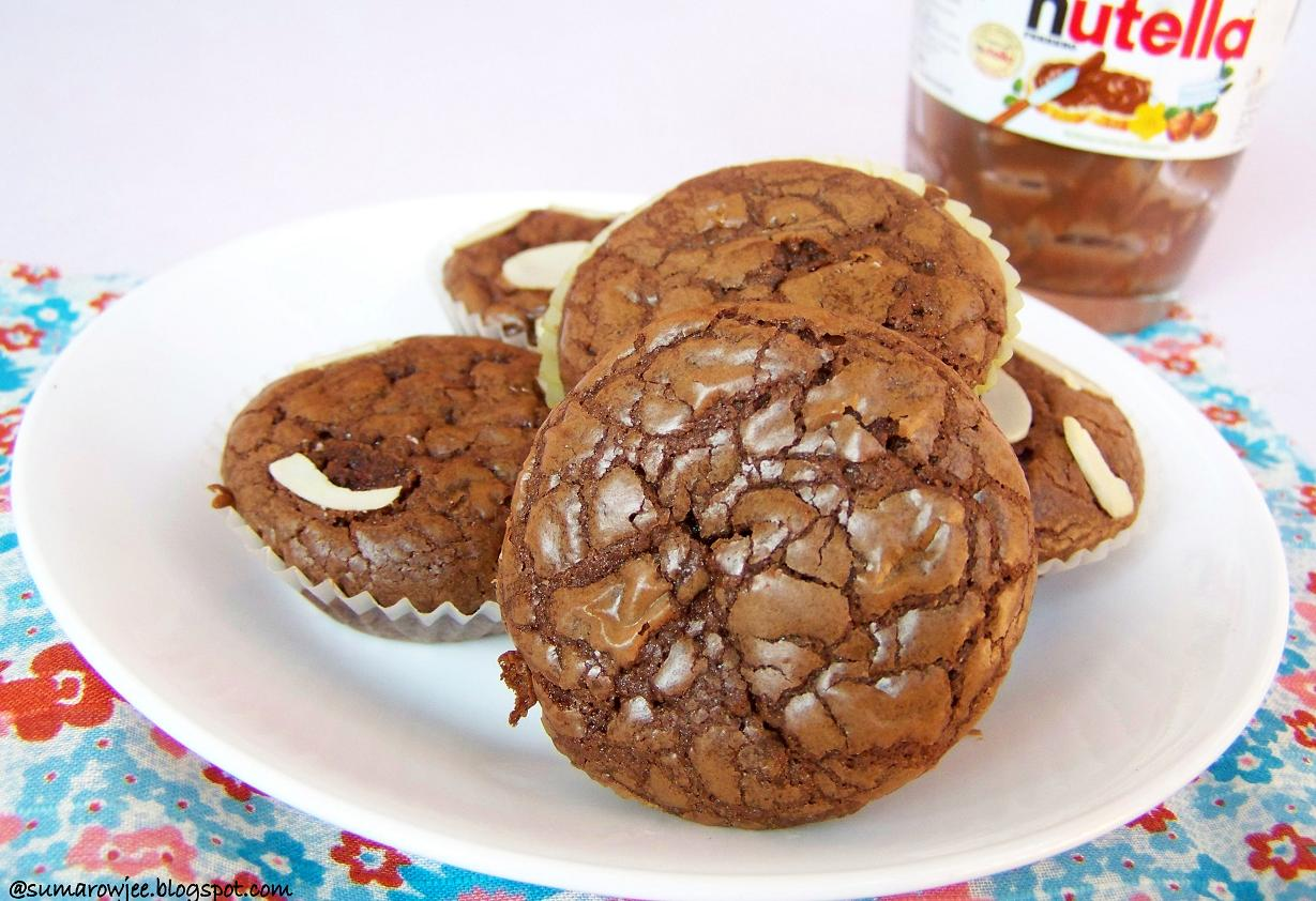 ... More!: Super Easy & Quick Nutella Brownies - For World Nutella Day