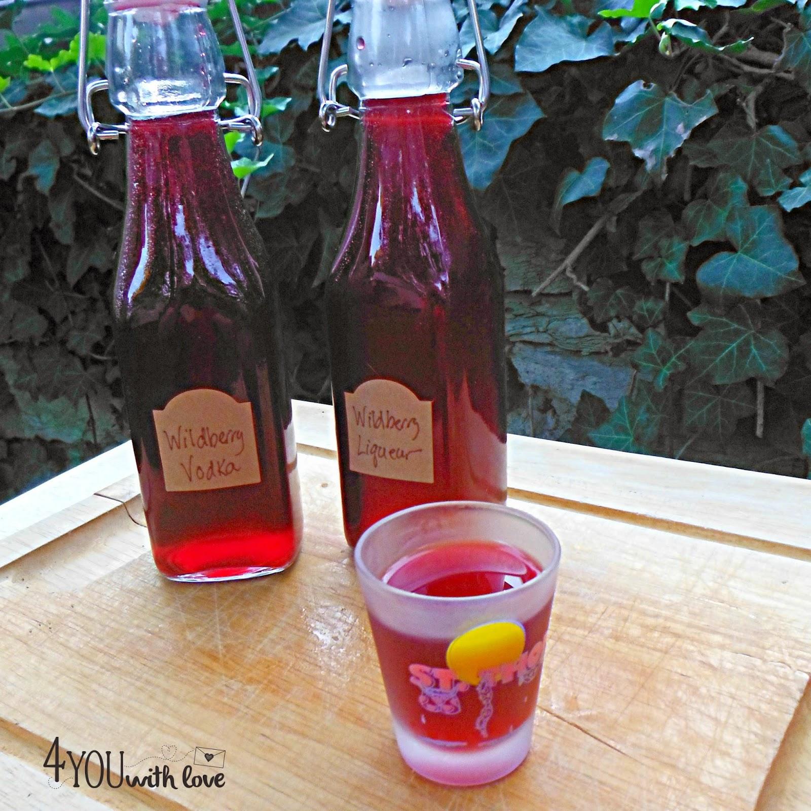 DIY wildberry liqueur