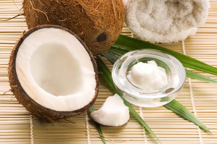 جوز الهند ,فاكهه لذيذه ,حليب جوز الهند ,ماء جوز الهند ,فاكهه جوز الهند ,القشره الداخليه ,جوز الهند,http://www.sihati.com/2013/10/The-benefits-of-eating-coconut.html ,