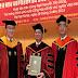 Cựu y tá Nguyễn Tấn Dũng được trao bằng Tiến sĩ danh dự