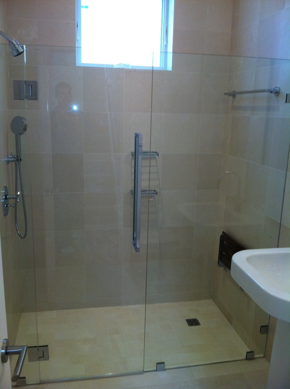 Frameless Shower Door With Cr Laurence Hardware Ot Glass