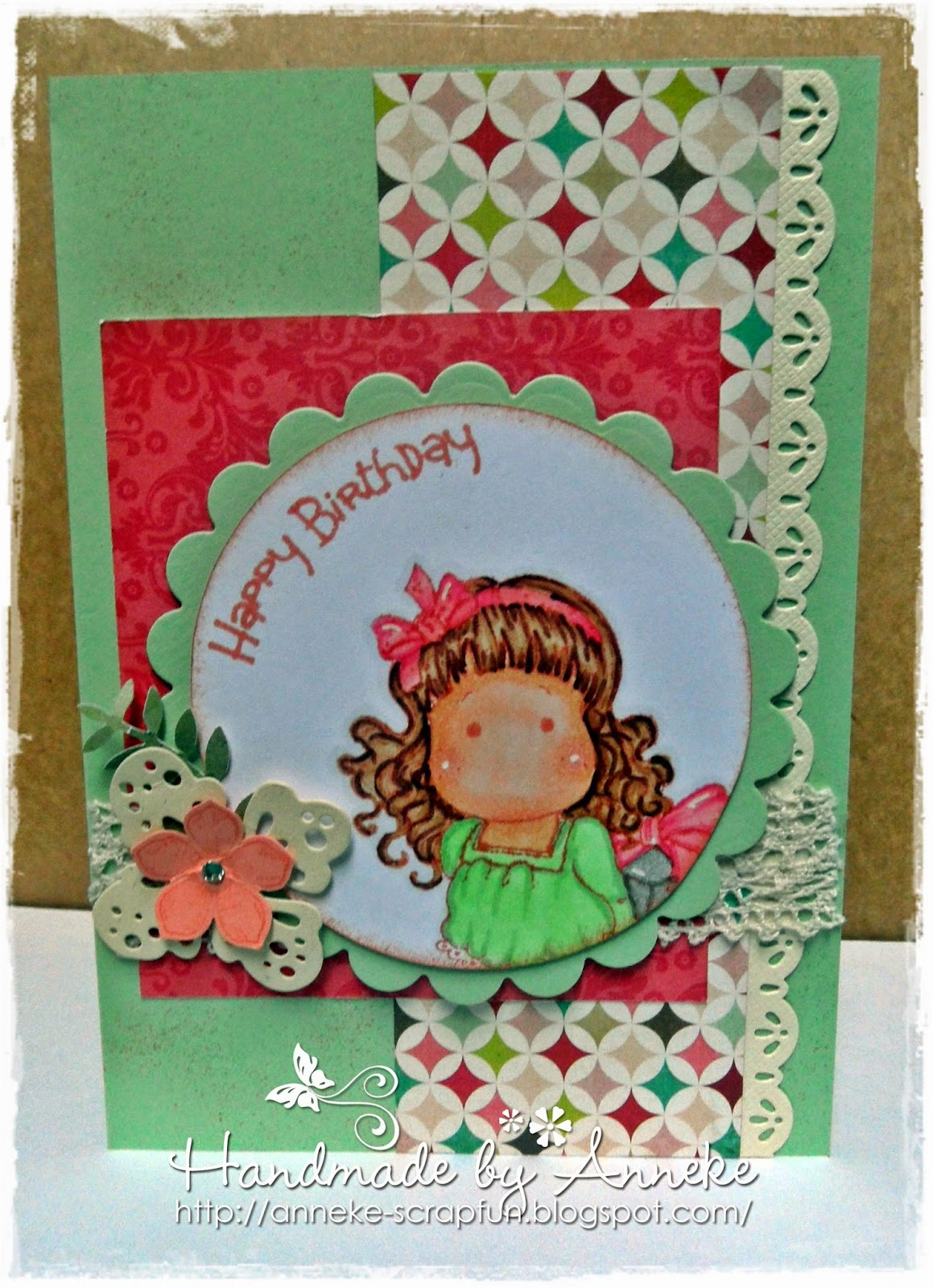 http://anneke-scrapfun.blogspot.be/2014/09/happy-birtday-magnolia.html
