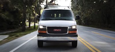 2014 GMC Savana summit white