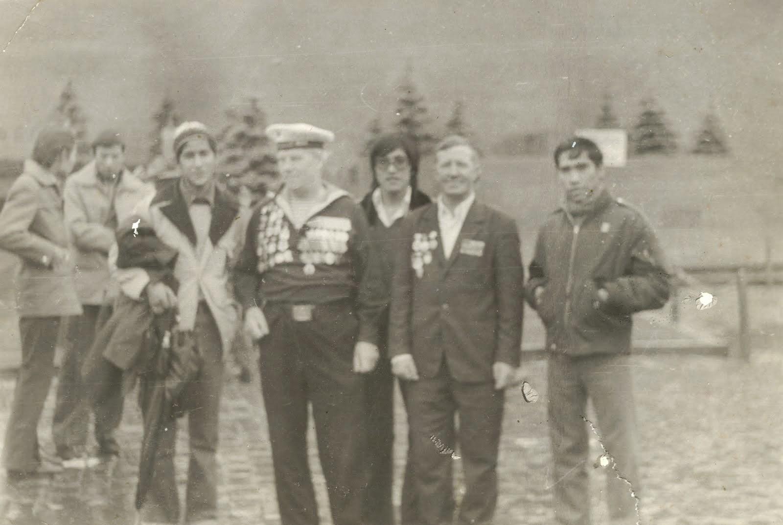 Con amigos en la histórica Plaza Roja