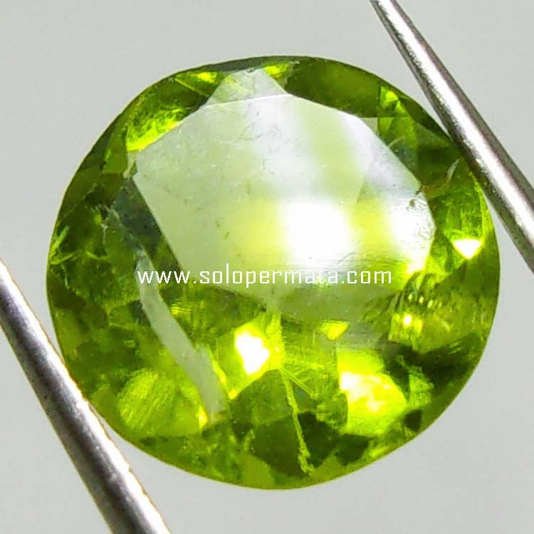 Batu Permata Green Peridot