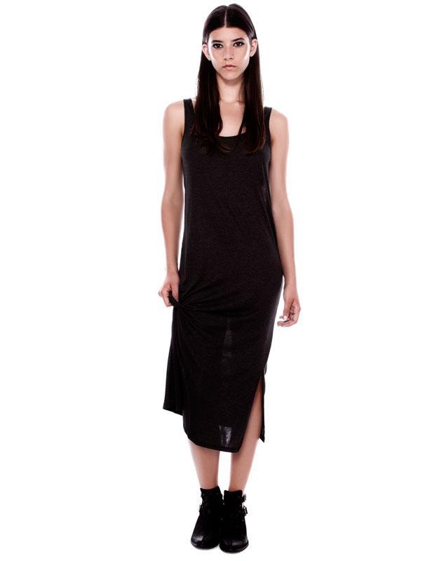 uzun askılı yırtmaçlı siyah elbise