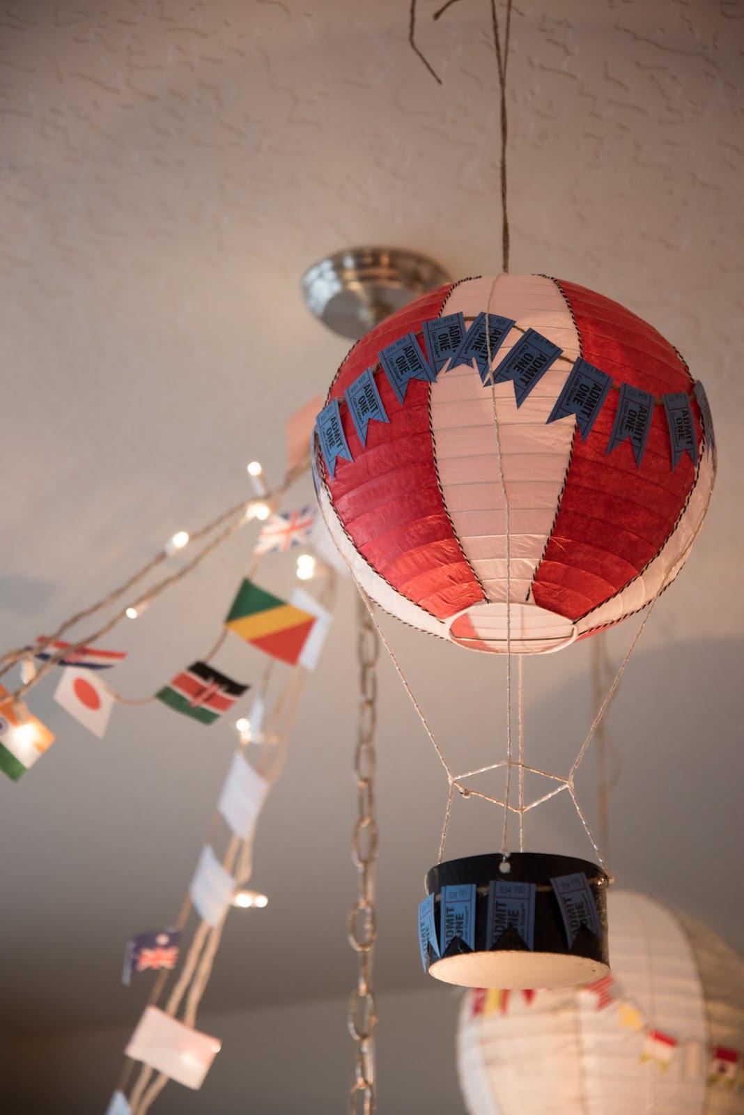 paper lantern hot air balloon