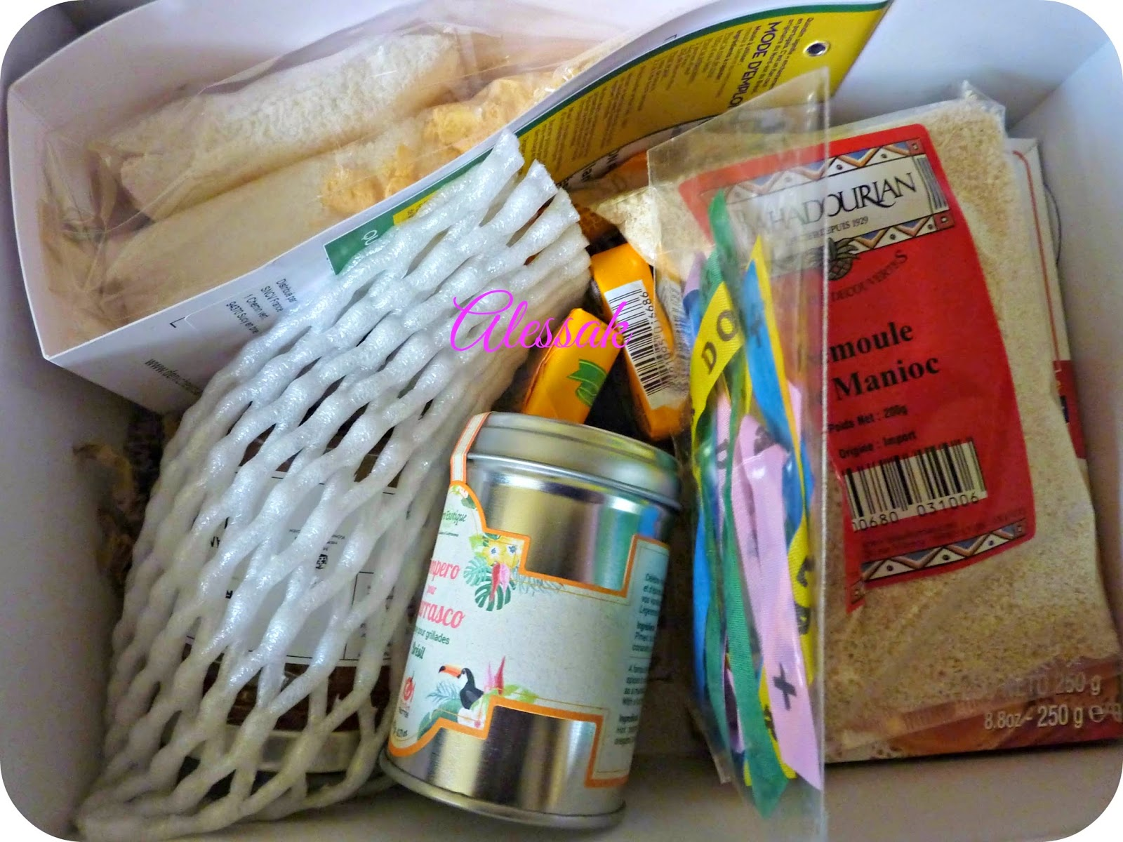manioc, epices, confiture, noix de coco, cacahuètes