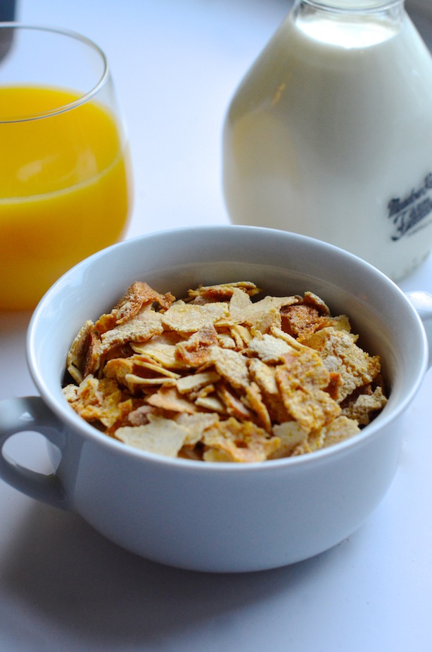 Homemade corn flakes cereal recipe