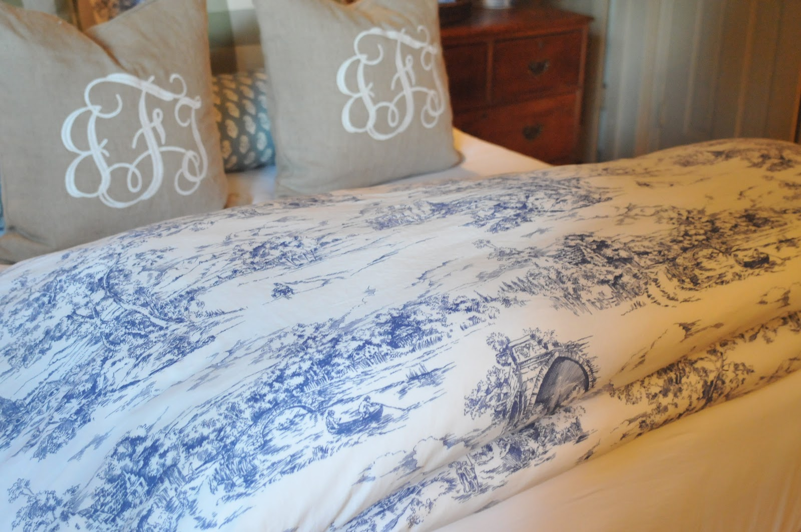 Blue and white toile bedding - Nine Six Our Home Summery Additions