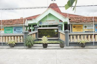 Balai Desa Latukan