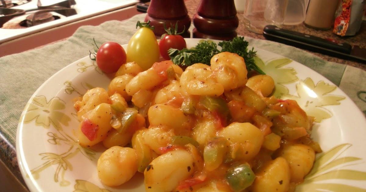 L 39 assiette vegan gnocchis la tomate - Cuisiner des gnocchis ...